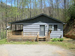 Cherokee log Cabin rental